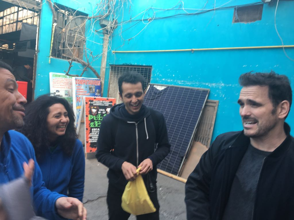 Matt Dillon visitó el Barrio Franklin en el marco de Sanfic 13