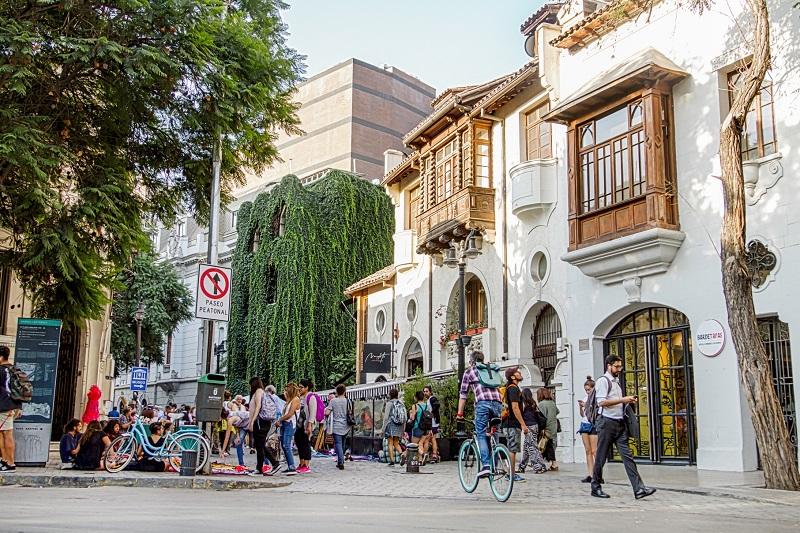 Festival de Arte Urbano llenará de color al Barrio Lastarria