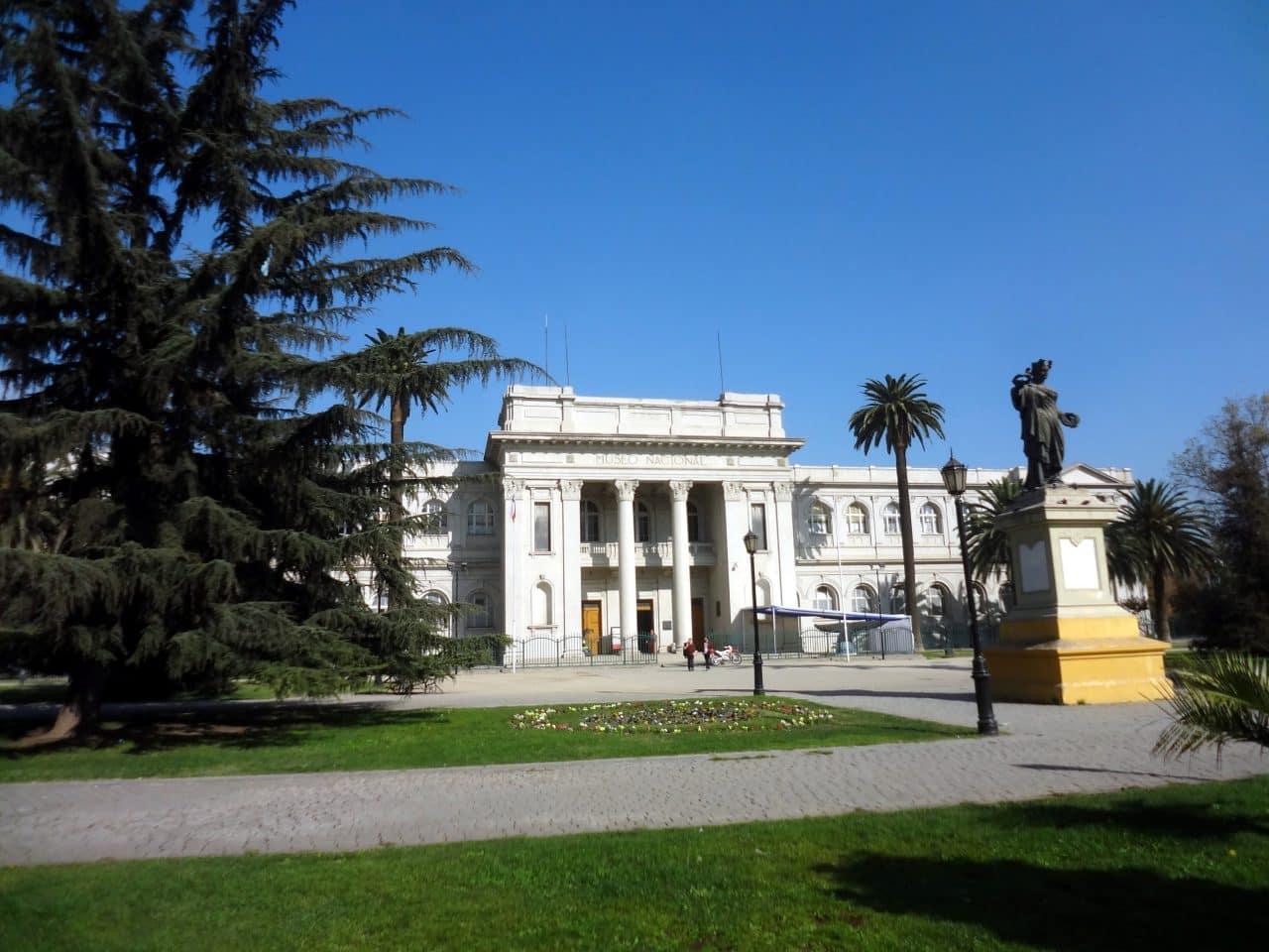 Museo Nacional de Historia Natural cierra sus puertas por mantención