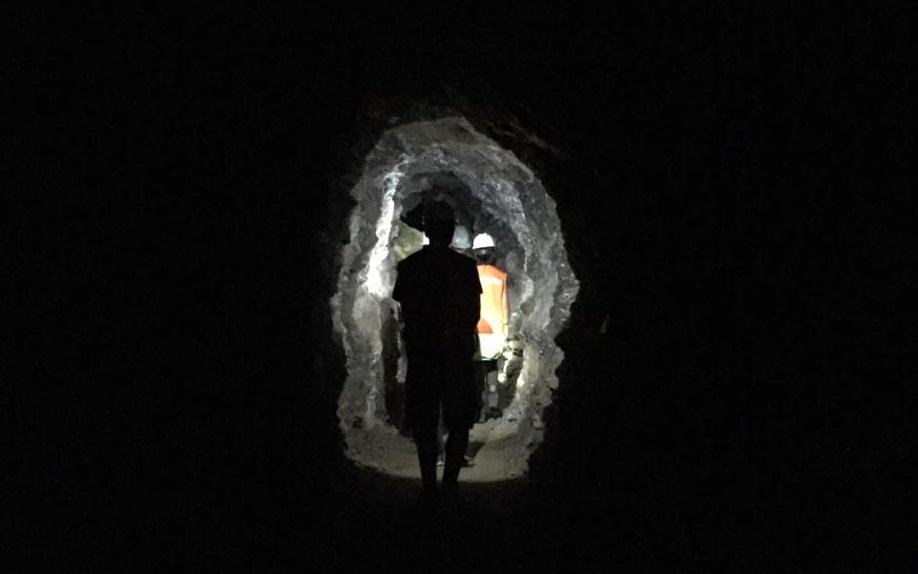 Tour minero: una experiencia fascinante en la Montaña.