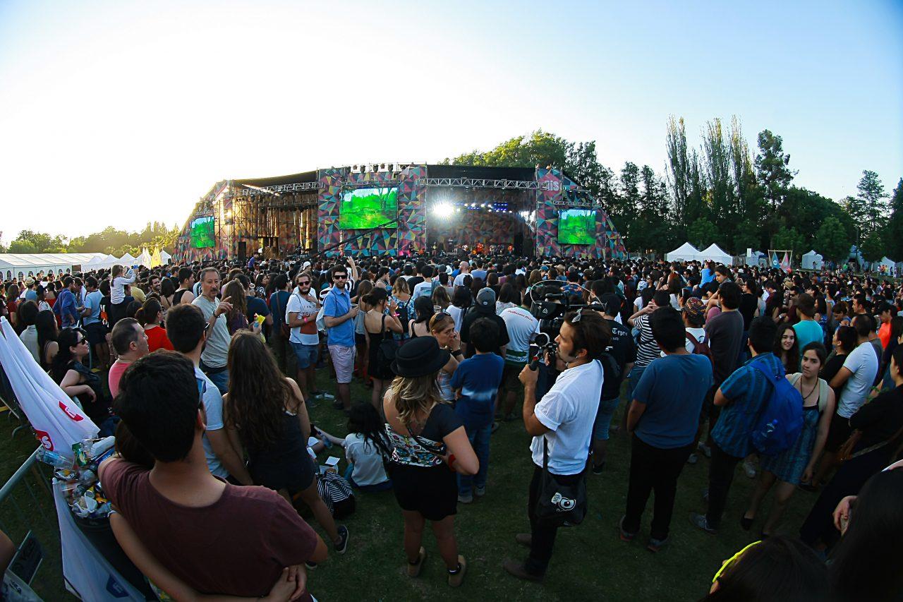 Festival que promueve la innovación social aterriza en Santiago
